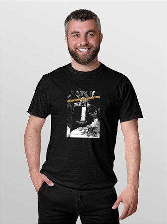 Camiseta T-Shirt Jon Cotre Estampada - Uma Maluco no Pedaço