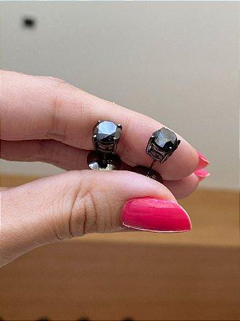 Solitário de Diamante Negro