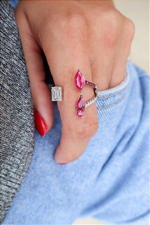 Anel Parisian de Rubi com Diamantes