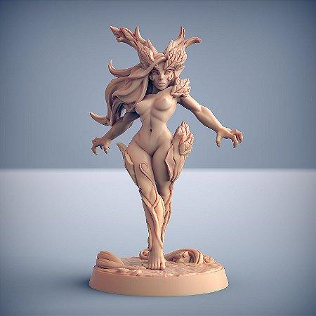 Aidreth, Nascida da Árvore - Elfos da Mata Profunda - Miniatura Artisan Guild