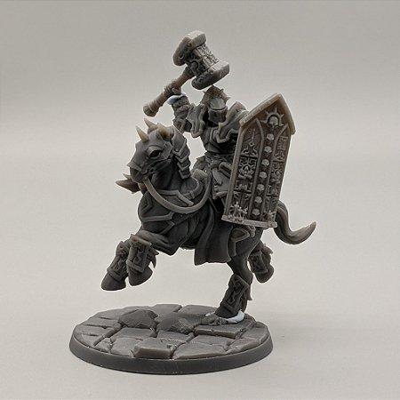 """Cavaleiro Templário """"B"""" com Elmo - Irmandade do Réquiem - Miniatura Artisan Guild"""