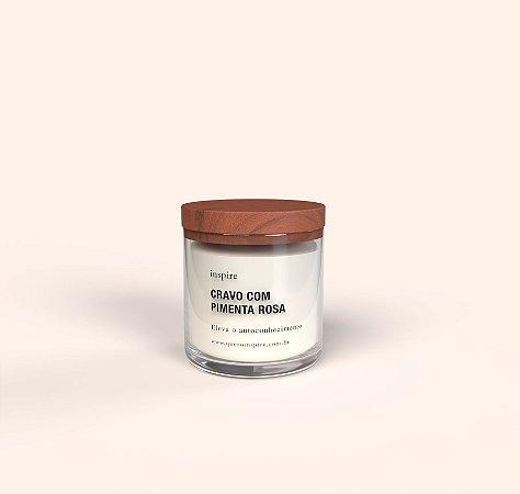 Vela Perfumada de Cravo com Pimenta Rosa (Pote com tampa de madeira G)