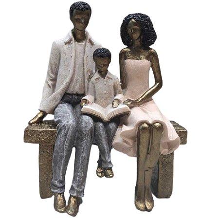 Escultura em Resina Família - 257-297