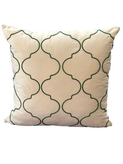 Almofada Bege Com linhas verdes em forma geométrica | 52 x 52