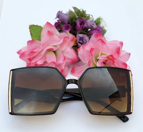 Óculos Quadrado Clássico Marrom