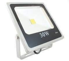 Refletor Led 30W Bivolt IP 66 a Prova d´água e poeira