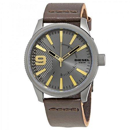 Relógio Masculino Diesel DZ1843 Couro Fundo Cinza