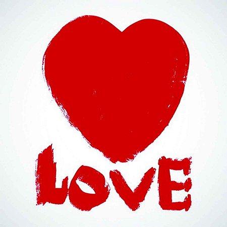 Tela Love com Coração Vermelho