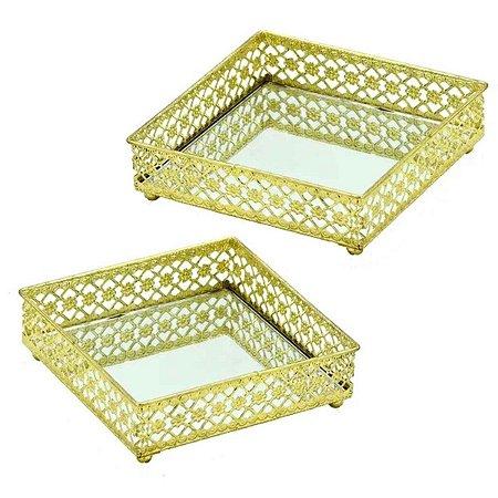 Jogo 2 Bandejas Decorativas Quadradas em Metal e Vidro nas Cores Dourada e Espelhado