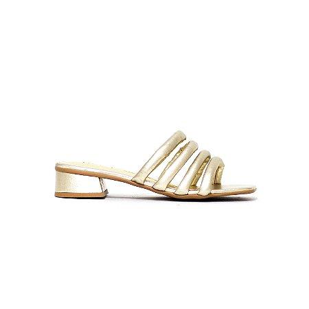 Sandália de Tiras Acolchoadas