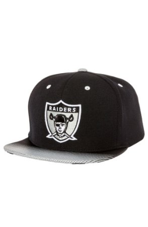 The Oakland Raiders Snapback Stop on a Dime Snapback in Black