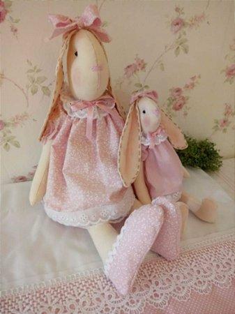 Boneca Coelha e Filhinha de Pano