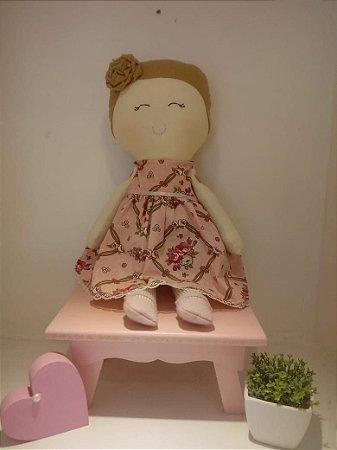 Boneca de Pano Menina Linda