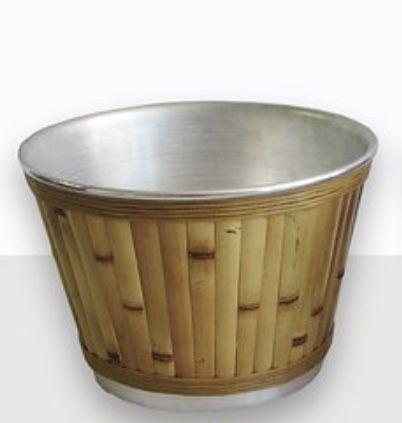 Balde em bambu