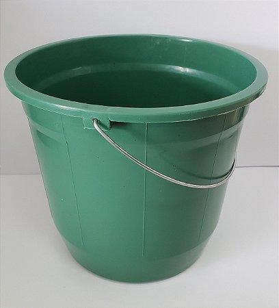 Balde plástico 8 litros com alça de ferro