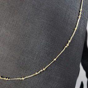 Colar fino com pequenos detalhes em forma de bolinhas banhado em ouro 18k (50 cm)