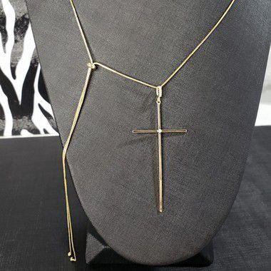 Colar autoajustável com pingente em forma de cruz banhado em ouro 18k