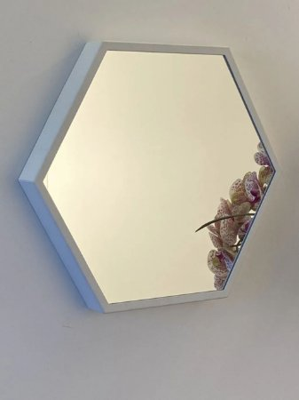 Espelho decorativo hexagonal de 35cm - Branco