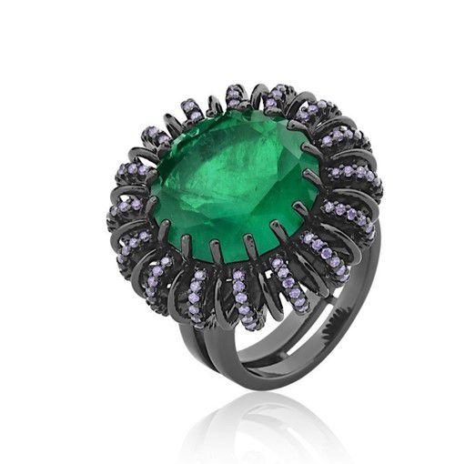 Anel com cristal fusion redondo esmeralda banho em ródio negro.
