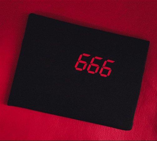 Camiseta 666