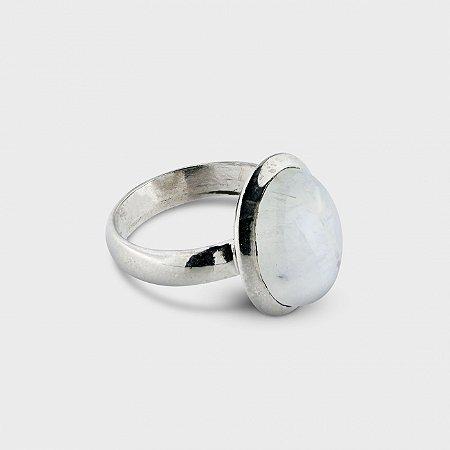 Anel Oval Pedra da Lua e Prata 925