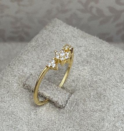 Anel Estrela com Triângulos Cravejados Semijoia Ouro