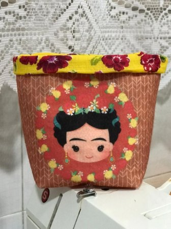 Cachepo Frida rostinho 2