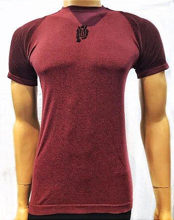 Camiseta Treme Terra Seamless - Bordô