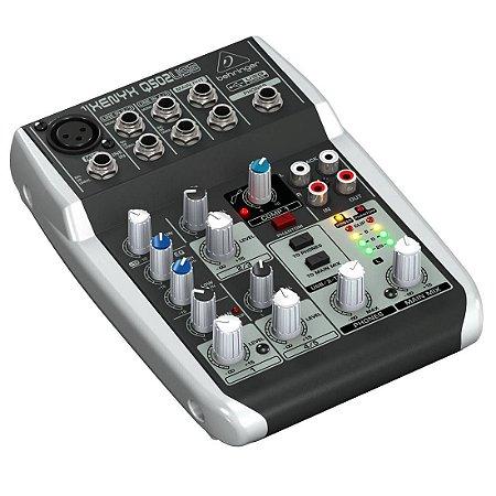 Behringer XENYX Q502USB | Mixer 5 Canais com USB