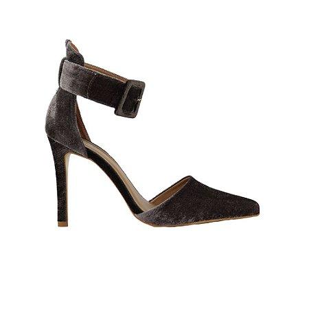 Sapato Feminino Scarpin SHEPZ Veludo Bico Fino Salto Alto Cinza