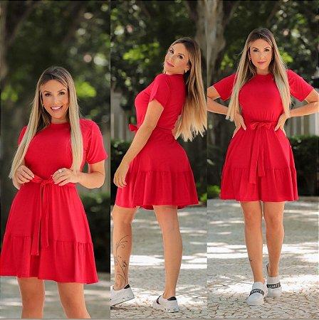 Vestido camadas em malha com cinto. Na cor vermelha