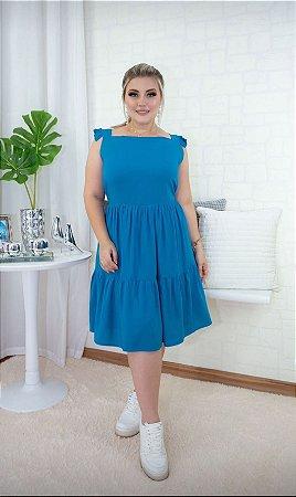 Vestido alça babado em viscose. Azul celeste