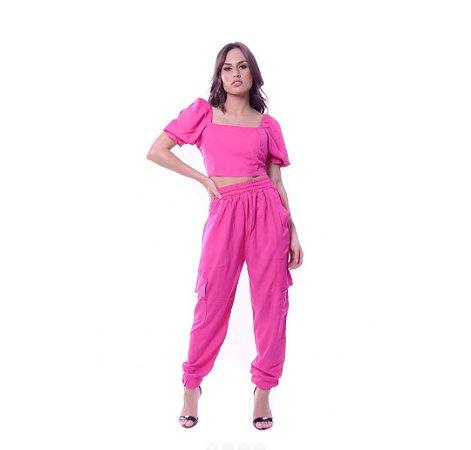 Calça Jogger cargo com bolso em viscose. Na cor pink