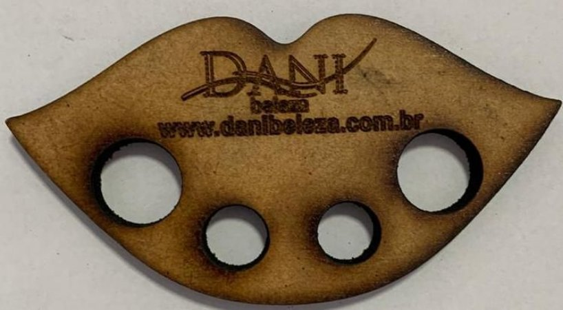 Porta Batoque MDF 6mm Lábios