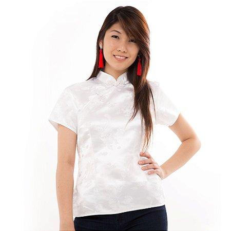 Blusinha Chinesa Branca com Estampa de Flor de Cerejeira Branca