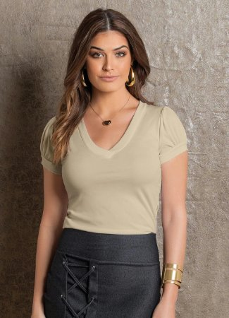 BLUSA LIGHT COM DECOTE V