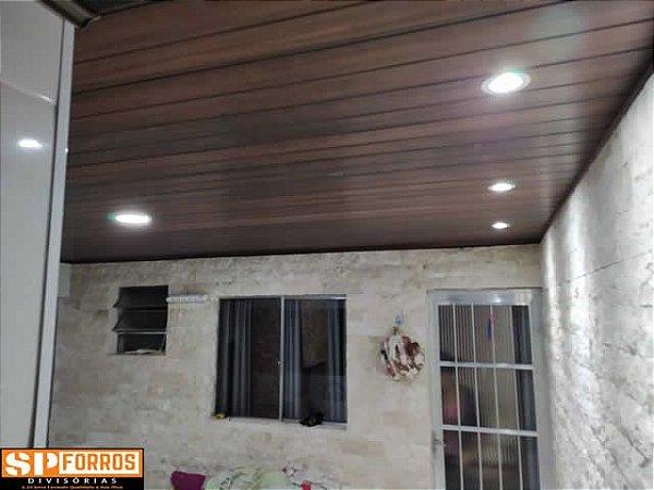 Forro de PVC  INSTALADO Mogno Frisado - Instalação Mínima 20m²