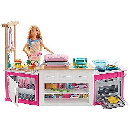 Boneca Barbie e Playset Cozinha De Luxo Com Som E Luz - Mattel