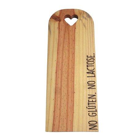 Tábua para servir em madeira pinus  - No glúten. No lactose.