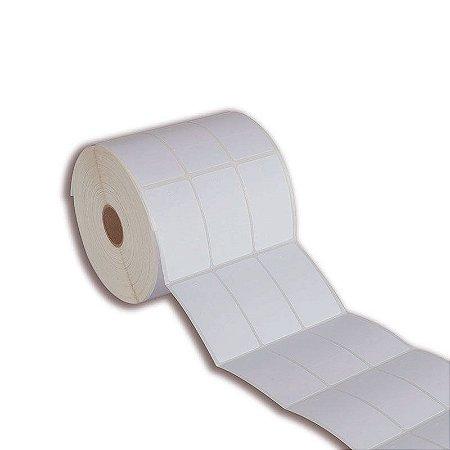 Etiqueta tag roupa 33x60mm (3 colunas saída picote) Couché adesivo para Zebra Argox Elgin - Rolo com 1429 (30m)