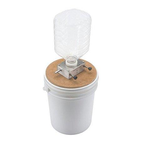 COMBO EZBREW MOINHO M2R - MOEDOR de MALTE de 2 ROLOS TEMPERADOS COM BALDE de 20 litros e BASE