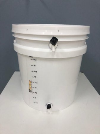 Balde Fermentador com tampa 35 litros (28 litros util) atoxico branco