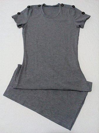 Vestido canelado midi, na cor cinza, tam P