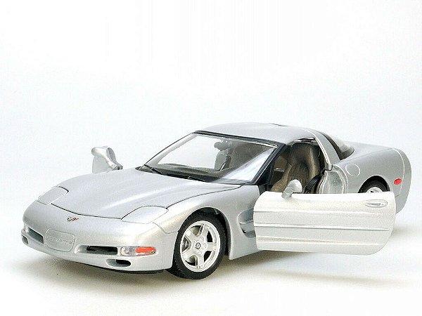 Chevrolet Corvette C5 1997 - 1/18