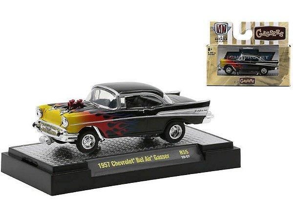 Pré venda -1957 Chevrolet Bel Air Gasser Black Pearl Metallic with Flames.