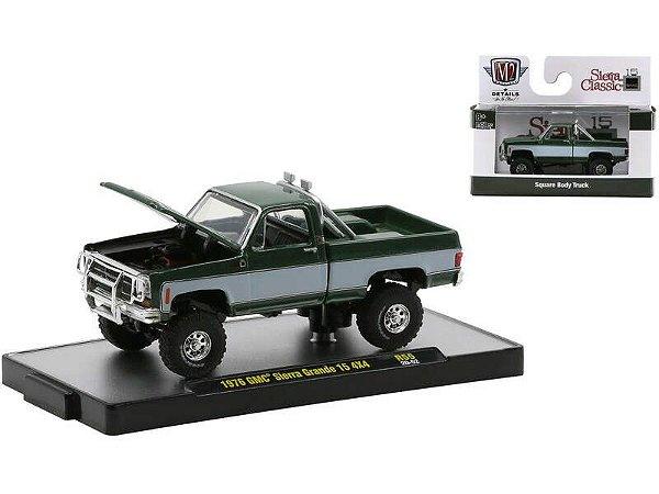Pré venda - 1976 GMC Sierra Grande 15 4x4 Pickup Truck Green Metallic with White Stripes.