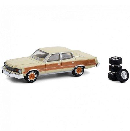 1978 AMC Matador Barcelona with Spare Tires - The Hobby Shop 10 - Greenlight
