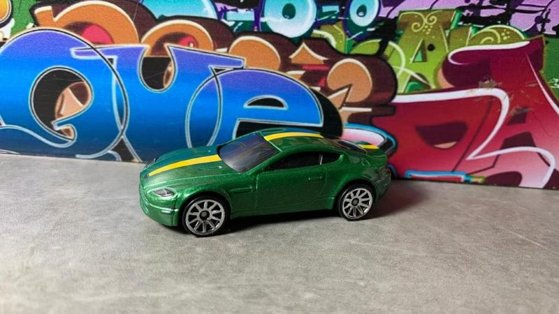 Aston Martin V8 Vantage - Pack 5