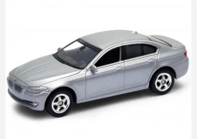 BMW  Serie 335 1/64 California Minis