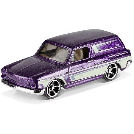 Custom '69 Volkswagen Squareback - FYD57